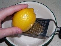 grating lemon