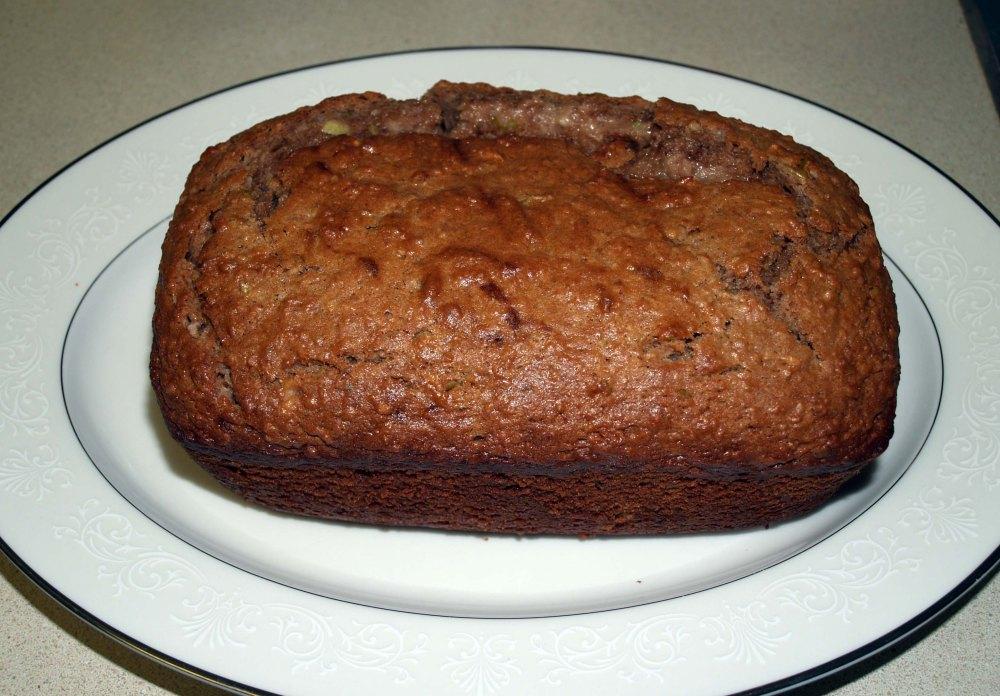 apple cinnamon (charoset) bread