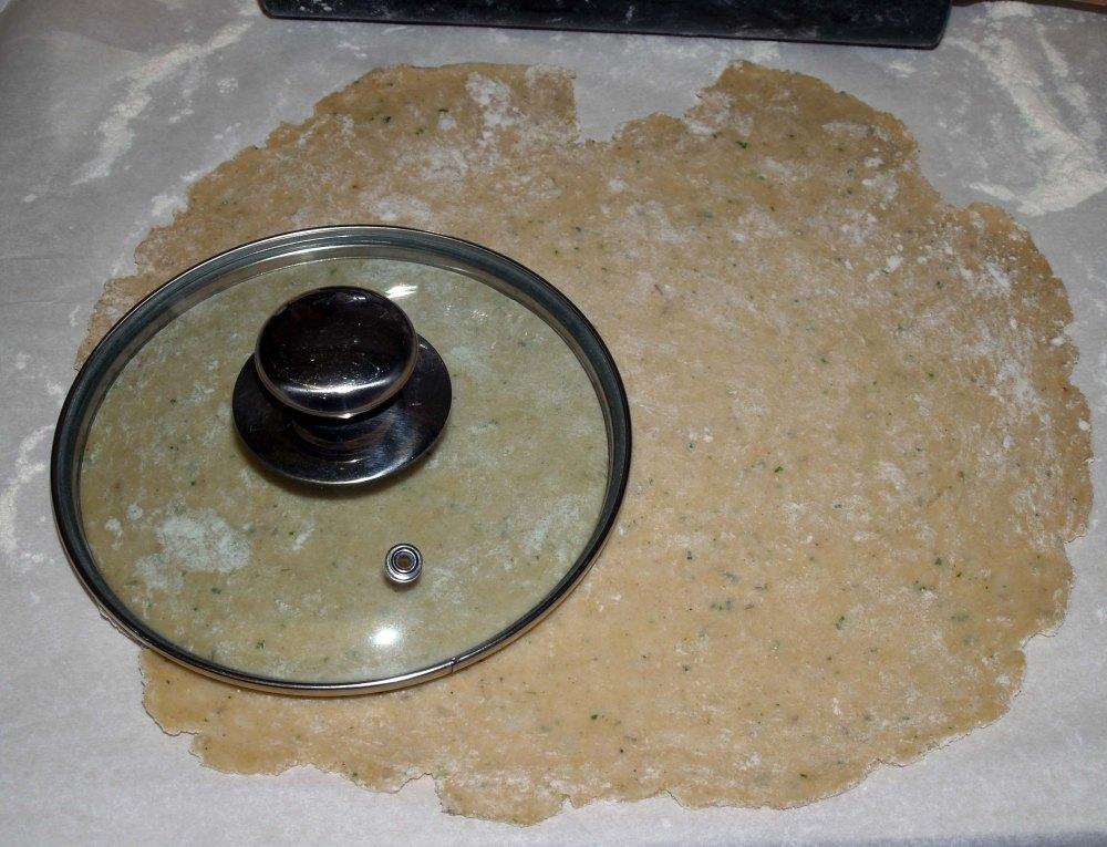 cutting the crust