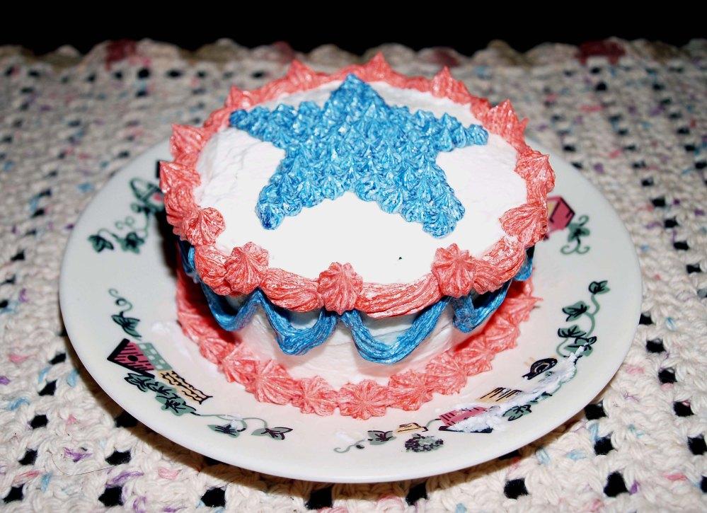 memorial day mini cake 2