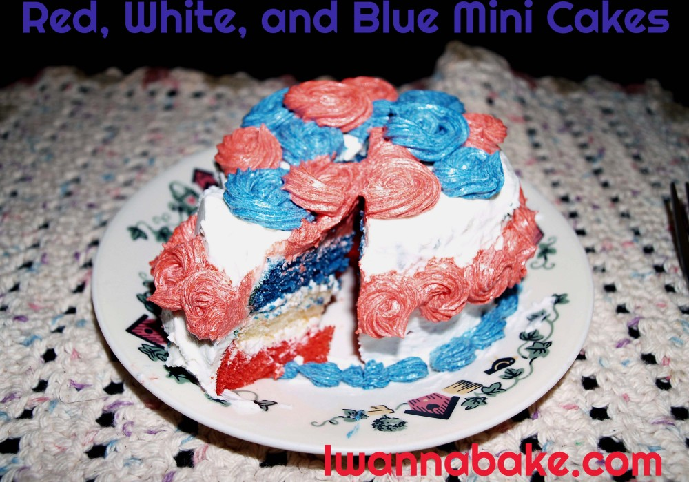 patriotic red, white, and blue mini cakes