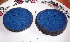 torted blue cake