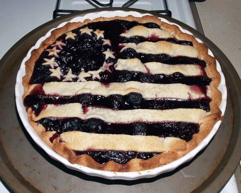 baked american flag pie