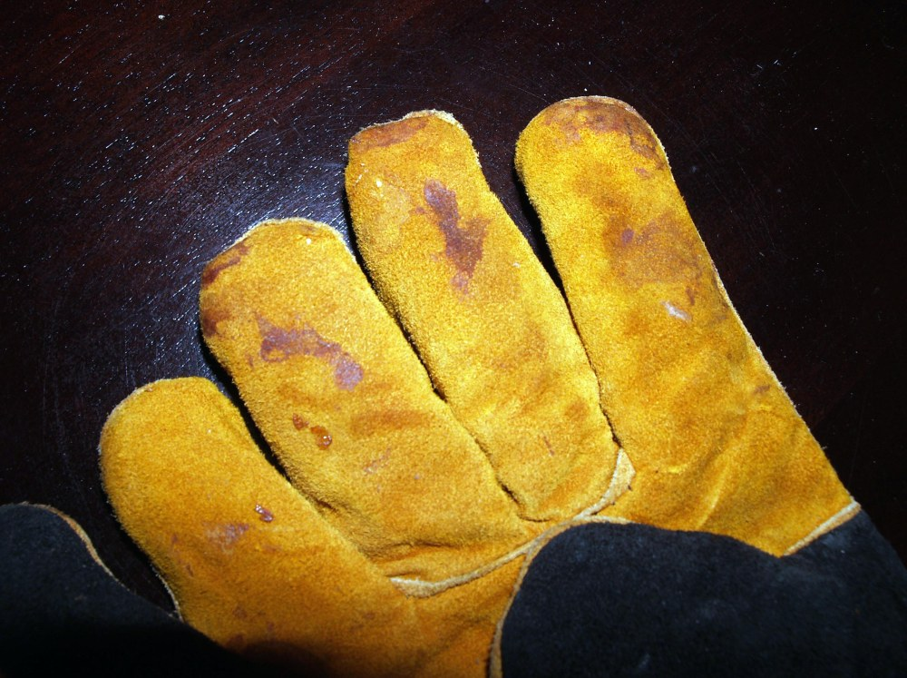 Oven Gauntlets Stained Fingers