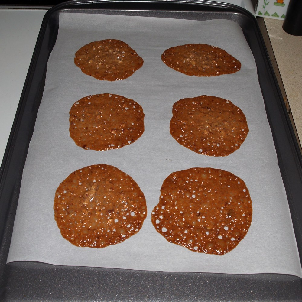 baked pecan lace cookies