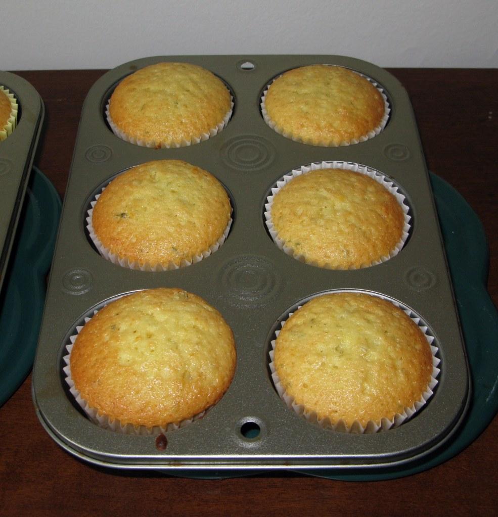 Baked Black-Eyed Susan Cupcakes