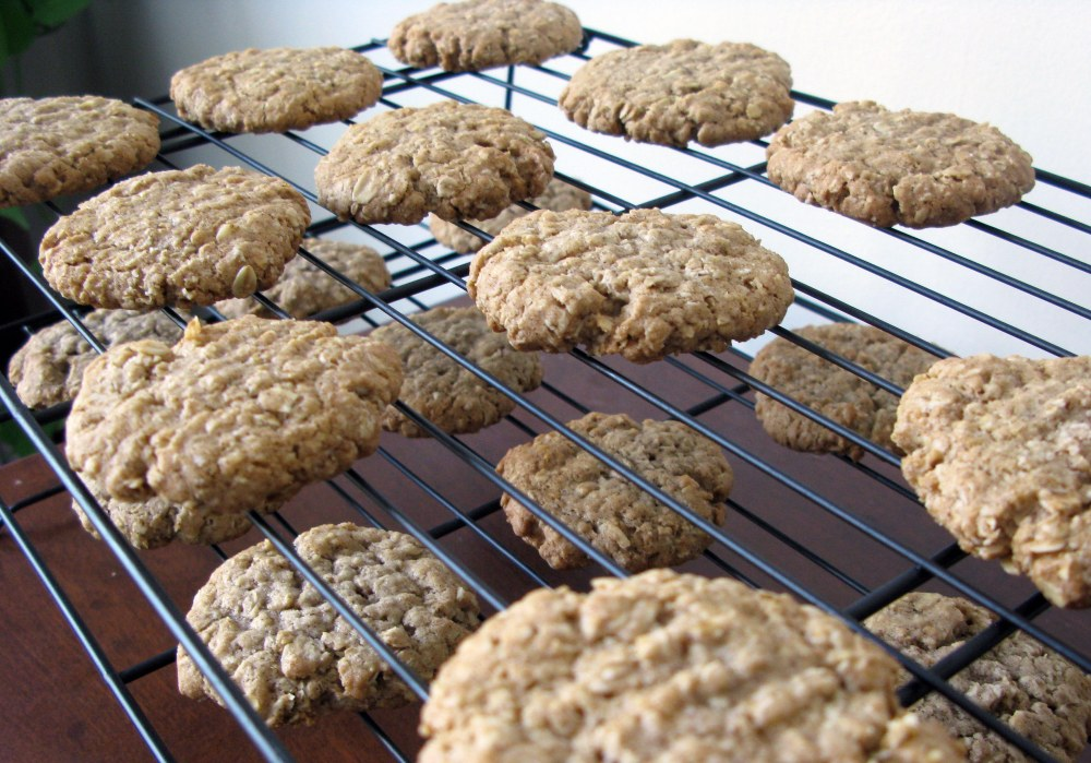 Cooling Oatmeal Cookies