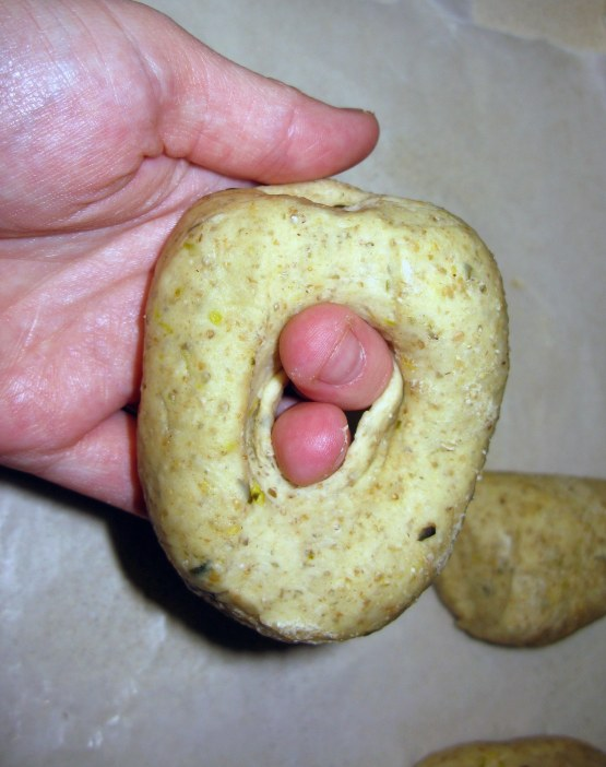 Forming Bagels 3