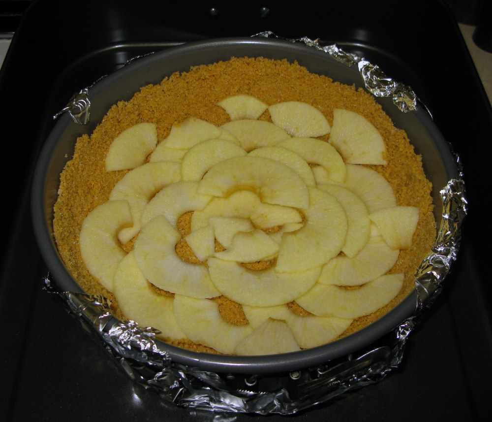 Crust with Apple Slice Layer