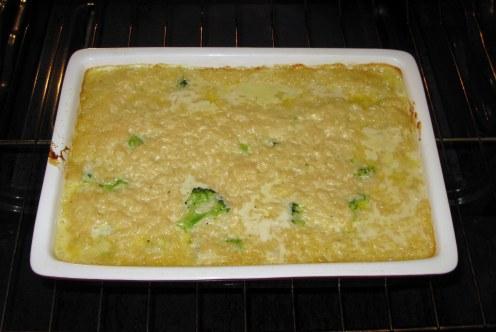 Baked Cheesy Broccoli Rice Casserole