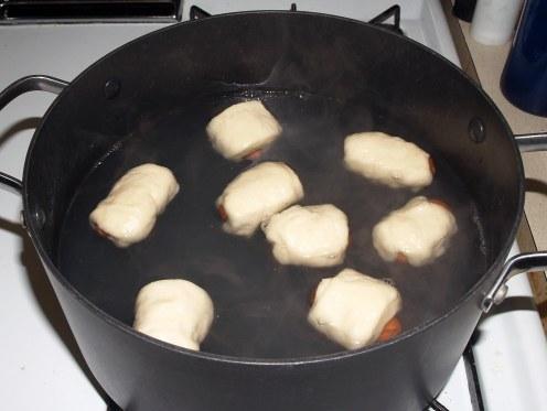 Boiling Mini Bagel Dogs