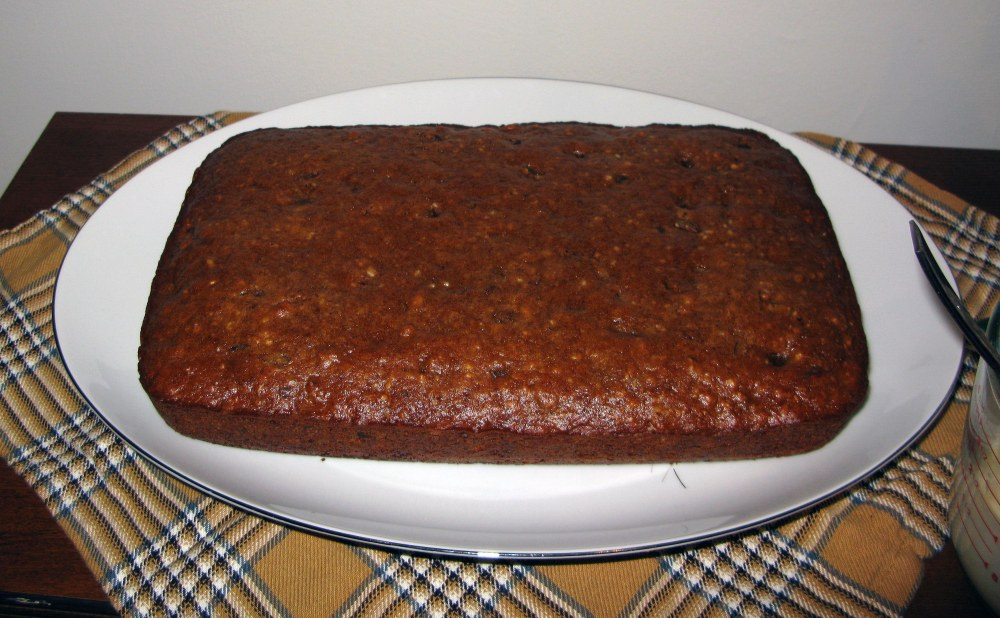 Cooled Date Walnut Cake