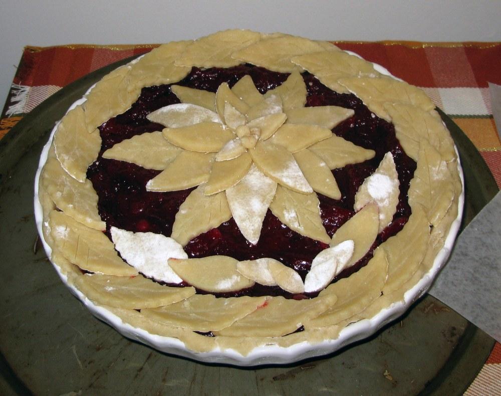 Poinsettia Crust with Laurel