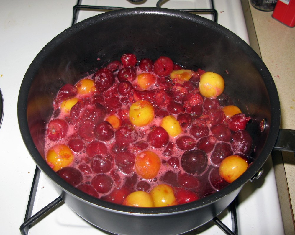 Cherries with Juice