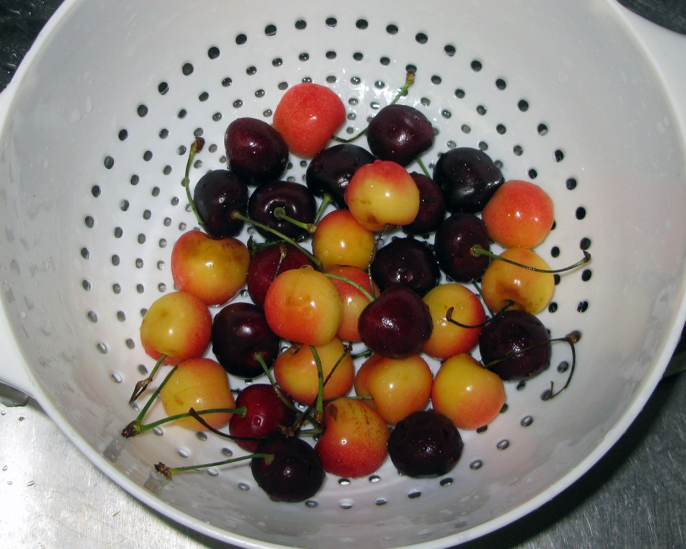 Dark Sweet and Rainier Cherries
